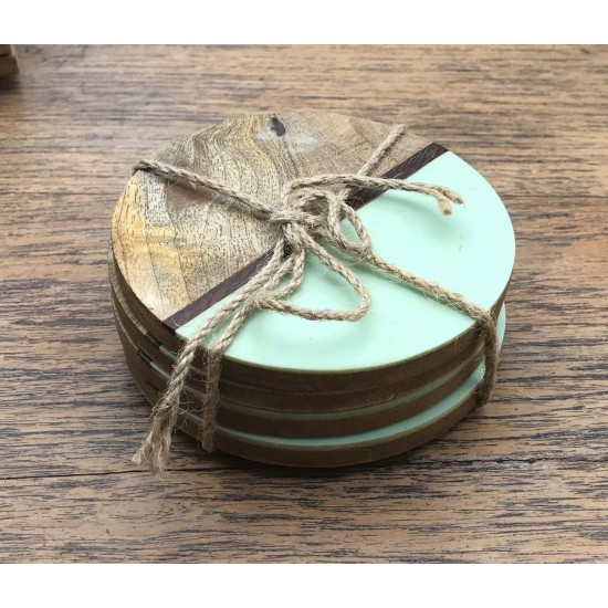 Set Of 4 Round Two Toned Wooden Coasters - Green